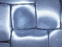 bremsfl ssigkeit von pflastersteinen entfernen ber autos in der zukunft. Black Bedroom Furniture Sets. Home Design Ideas