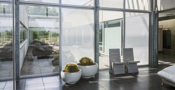 fenster durchblick trotz sichtschutz wohnen news f r. Black Bedroom Furniture Sets. Home Design Ideas