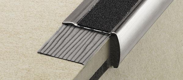 TreppenProfile Nachträglich Anbringen Bauen Renovieren News - Fliesen kantenprofil nachträglich