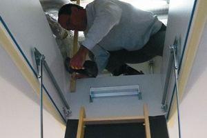 Dachbodentreppe Einbauen Lassen : Anleitung gedämmte bodentreppe einbauen diy info
