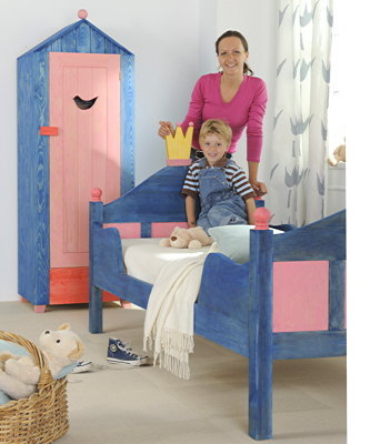 anleitung kinderzimmer m bel farbig lasieren diy info. Black Bedroom Furniture Sets. Home Design Ideas