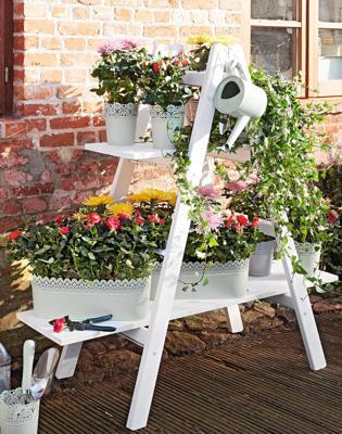 anleitung: treppe für pflanztöpfe bauen | diy-info, Garten ideen