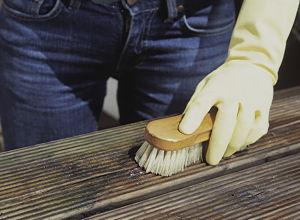 Gut gemocht Anleitung: Holz-Balkon reinigen und mit Öl behandeln   DIY-Info YT51